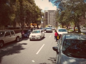 Parqueo en la Gonzalez Suarez, Cualquier día